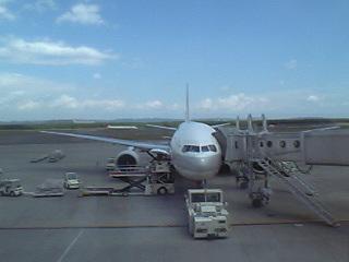06-07-25_千歳空港.jpg